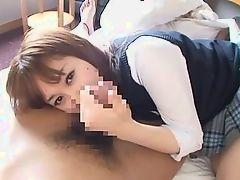 18-летняя азиатка с волосатой киской